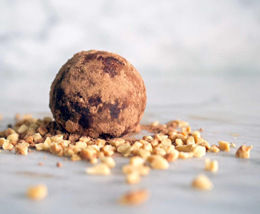 Peanut & Cacao Bliss Balls
